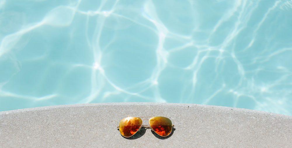 4 moduri de a te feri vara de soarele intens